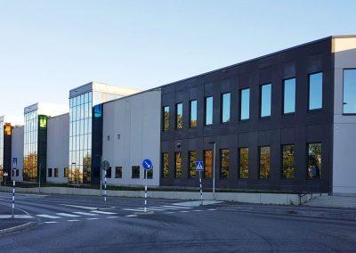 Norsborgsdepån entré och fasad med glaspartier